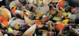 Vongole veraci con zucchine e peperoni