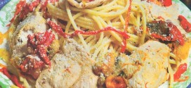 Bucatini con pollo e peperoni