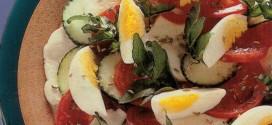 Crescione e uova sode in insalata