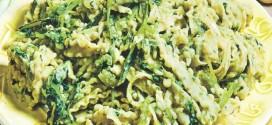 Reginette napoletane con fave e cicoria