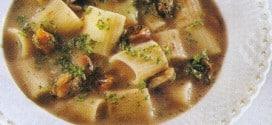 Mezzemaniche in zuppa di cozze e fagioli